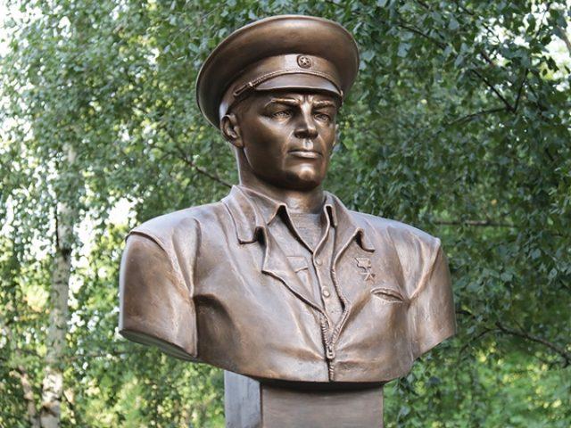 ГЕРОЙ СОВЕТСКОГО СОЮЗА  МАРГЕЛОВ ВАСИЛИЙ ФИЛИППОВИЧ (1908 – 1990 гг.)